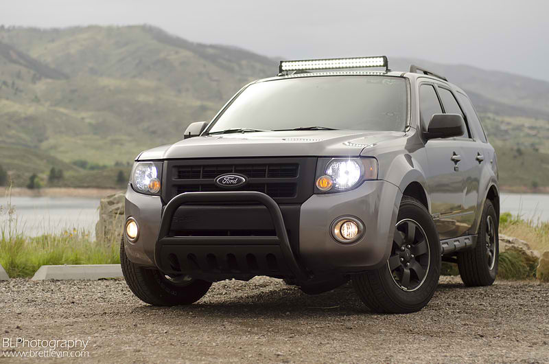 The Benefits of LED Light Bars For Vehicles - Deals on Wheels